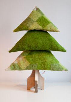 Christmas Tree Green from I am Recycled by DaWanda.com