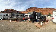 Campground Review - Moab Valley RV Resort & Campground in Moab, Utah. #camper #camping #rving #rvlife #travel #traveldiaries #happycamper #vegancamping #whatveganseat #getoutside #outdoorlife #campinglifestyle #gorving #roadtrip #mountains #moab #utah #findyourpark