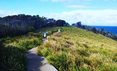 Get outside 👊 Studies have shown that fresh air makes you happier. #sydneystrengthconditioning #active #seeaustralia #nsw #aussieadventures