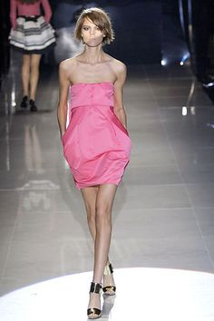 Gucci Spring 2008 RTW - Runway Photos - Fashion Week - Runway, Fashion Shows and Collections - Vogue