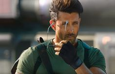 War movie Images, pictures, Check the looks, images of Hrithik Roshan and Tiger Shroff from War film. Bollywood Pictures, War Film, War Movie, Celebrity Dads, Actors, Bollywood Actors, Hrithik Roshan Family, Film, Hrithik Roshan Hairstyle