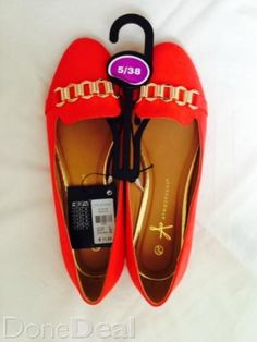 Discover All Footwear For Sale in Ireland on DoneDeal. Buy & Sell on Ireland's Largest Footwear Marketplace. Flats, Sandals, Dublin, Salvatore Ferragamo, What To Wear, Buy And Sell, Coral, Footwear, Pumps