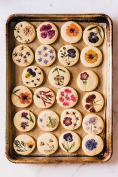 Bring Spring Inside With This Flower-Pressed Cookie Recipe Cute Food, Yummy Food, Sugar Cookies, Baby Cookies, Heart Cookies, Valentine Cookies, Easter Cookies, Birthday Cookies, Christmas Cookies