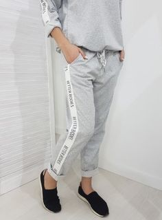 Spodnie BETTER BODIES szare Betta, Sweatpants, Fashion, Moda, Fasion, Sweat Pants, Jumpsuits, Trendy Fashion, La Mode