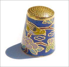 Beautiful vintage Chinese cloisonne enamel thimble