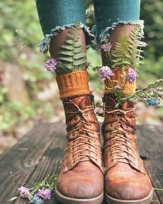 Tag a Hippie! Aesthetic Photo, Aesthetic Pictures, Flower Aesthetic, Creative Photography, Photography Poses, Hippie Photography, Kreative Portraits, Mode Boho, Jolie Photo