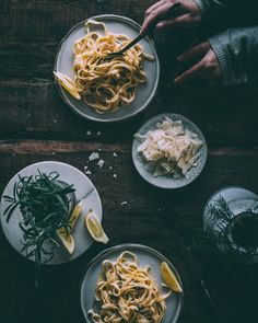 Sitruunapasta I Kasvisruoka I Pasta I Sitruuna I Resepti I Ohje I Ruokablogi I Helppo I Nopea I Ruoka I Ruokakuvaus I Lemon pasta I Food photography Meat Recipes, Vegetarian Recipes, Eat Lunch, Pasta, Ethnic Recipes, Easy Dinners, Food Food, Drink, Beef Recipes