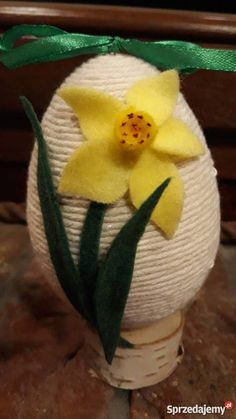 Easter Projects, Easter Crafts, Hygge, Twine, Easter Eggs, Diy And Crafts, Felt, Ornaments, Spring