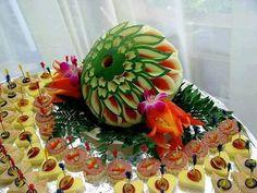 Finger-food display