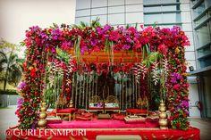 Gorgeous Wedding Design by Gurleen M Puri #wedding #weddingplanner #modern #love #beauty #decor #indianweddings #happilyeverafter #floral #exquisite #instacool #lofi #gurleenmpuri #bride #groom #indianbride #weddingdecor #weddings #weddingphoto #weddingplanning #mumbai