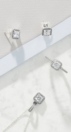 Go for a classic, shimmering New Year's jewellery look this season. With PANDORA Radiant Elegance rings, earrings and necklaces, you'll be ready to shine your way into 2018!