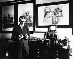 5 Surprising Facts About Nikola Tesla Michael Faraday, Colorado Springs, Art Prints For Sale, Wall Art Prints, Nikola Tesla Inventions, Machine Volante, Nicola Tesla, Tesla Patents, Statue Tattoo
