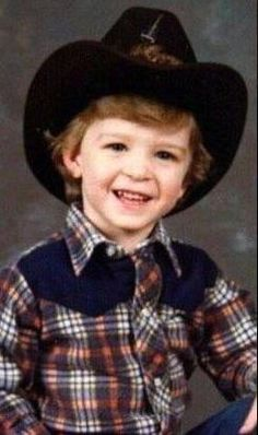 Justin Timberlake. I hate that punk-*ss bitch but OHMYGAWWWWD, this is adorable.