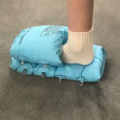 The designer turning mundane items into wildly unconventional footwear Ugly Shoes, Crazy Shoes, Weird Shoes, Ciabatta, Designer Shoes, Street Wear, Footwear, Style Inspiration, My Style