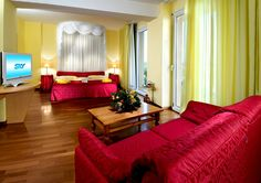 Marinellas' Suite red