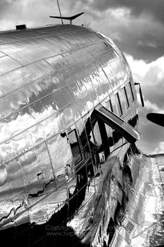'The Last Time' DC-3 Gathering at Whiteside Airport, Rock Falls, Illinois | image © Tyson V. Ringinger