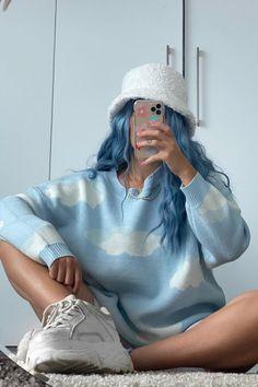 ☁️ 😇 ☁️ @sammchristy in Poseidon 💙 #AFposeidon Dyed Hair Blue, Hair Color Blue, Arctic Fox Poseidon, Arctic Fox Hair Color, Bright Hair, Aquamarine Blue, Free Hair, Periwinkle, Hair Goals