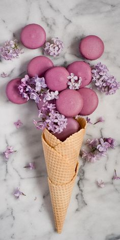 Macaron Wallpaper, Flower Phone Wallpaper, Food Wallpaper, Pink Wallpaper, Aesthetic Food, Pink Aesthetic, Logo Patisserie, Roses Tumblr, Macaron Cookies