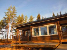 Ankkuri ulkokuva Cabin, House Styles, Home Decor, Decoration Home, Room Decor, Cabins, Cottage, Home Interior Design, Wooden Houses
