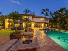 #BrunoMars' Hawaii Home: Pool>> http://www.frontdoor.com/photos/for-sale-bruno-mars-hawaii-hideout?soc=pinterest