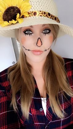 Halloween Make-up Vogelscheuche Make-up Halloween Make-up Vogelscheuche Scarecrow Makeup, Halloween Scarecrow, Easy Halloween Costumes, Halloween Looks, Cool Costumes, Makeup Tutorials Youtube, Costume Tutorial, Male Makeup, Aesthetic Makeup