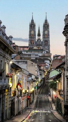 Ecuador. Basilica del Voto Nacional, Quito