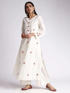 Off White Gota Embroidered Cotton Kurta Dress Indian Style, Indian Dresses, Indian Outfits, New Outfits, Trendy Outfits, Royal Fashion, Indian Fashion, Women's Fashion, Embroidery On Kurtis