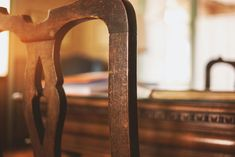 American-Made Hardwood Furniture Living Articles from Country View Woodworking Hardwood Furniture, Old Furniture, Living Furniture, Industrial Furniture, American Made, Old Things, Woodworking, Mirror, Blog
