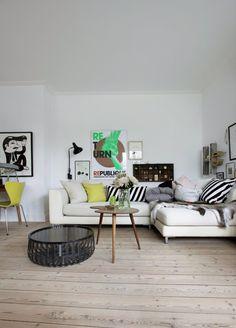 Preciosa, la casa de la diseñadora danesa Anne Louise Breiner en la que trabaja y vive con su familia. La decoración es un mix de objetos y estilos, ordenados bajo una línea claramente nórdica. Pie…
