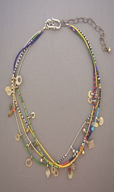 dorje designs seed beads in strands with new elements at intervals