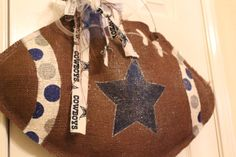Cowboys Canvas Door hanger- Gonna make one of  these to show support for Bradford County Pop Warner