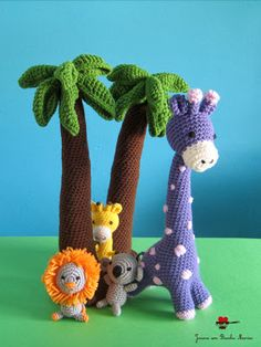 palm trees and other animals in crochet