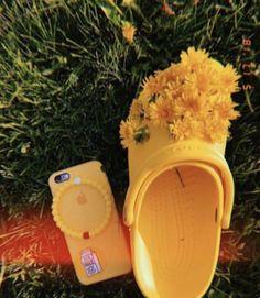 733304432a154 8 Best Crocs images