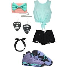 A fashion look from November 2014 featuring Boohoo shorts, NIKE athletic shoes and yunotme hair accessories. Browse and shop related looks.
