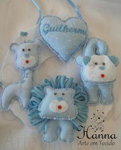 Guirlanda de Animais confeccionada em tecido 100% algodão e feltro. OBS: Pode ser bordado bem-vindo ou o nome do bebê. R$40,00