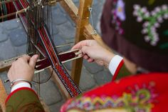 Weaving of a sash for Latvian folk costume