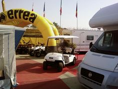 I golf car ad ogni fiera si dimostrano sempre tra i prodotti più graditi e suscitano curiosità e simpatia. Noi siamo sempre contenti di far provare i golf cars ai visitatori e di riceverli numerosi.
