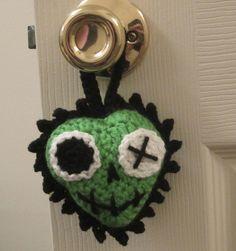 Crochet. Corazón.  Zombie. Pattern.