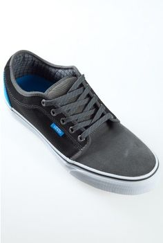 wholesale dealer 6c832 a9728 VANS CHUKKA LOW GUYS SHOE   West 49