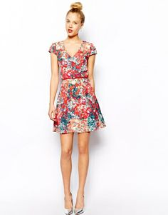 Image 4 ofOasis Blurred Ditsy Print Skater Dress