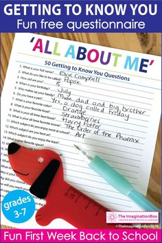 Use this free fun, printable all about me, getting to know you questionnair All About Me Activities, Craft Activities For Kids, Projects For Kids, Back To School Art, Beginning Of School, Get To Know Me, Getting To Know You, About Me Questions, This Or That Questions