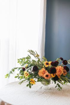 An Early Fall Centerpiece of Peach and Burgundy Flowers DIY from Jojotastic. Floral arrangement with dahlias Rudbeckia. Baptisia Foliage and Olive Foliage. Decor Style Home Decor Style Decor Tips Maintenance home Burgundy Flowers, Fall Flowers, Beautiful Flowers, Lotus Flowers, Floral Wedding, Wedding Flowers, Garden Markers, Do It Yourself Home, Early Fall