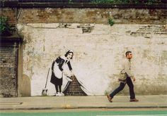 Banksy is an anonymous English graffiti artist, painter and political activist. Street Art Banksy, Banksy Graffiti, Urban Graffiti, Bansky, Street Art Love, Amazing Street Art, Art Mural, Wall Art, Banksy Paintings