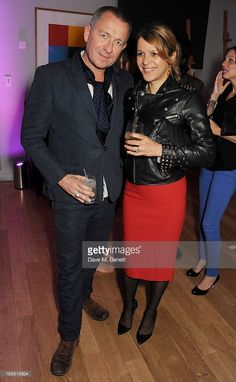 News Photo : Sean Pertwee attends the annual fundraising art...