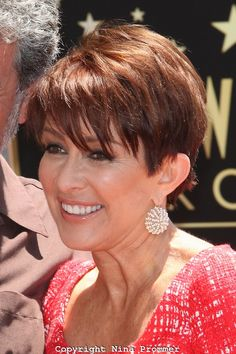 "I just had the biggest epiphany in a long time!! Patricia Heaton of ""Everybody Loves Ramon"" is one fucking gorgeous but mainly she has rocked so manly adorable hairstyles whether it's a long layered hairstyle or a medium bob to a shorter pixie styles"
