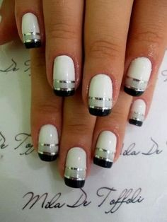 29-black-white-nail-art-designs