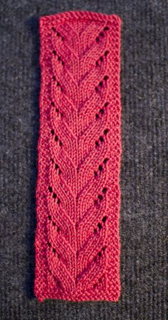 Beginner Lace Knitting Pattern. To learn lace knitting, go to http://knitfreedom.com/classes/lace-knitting. (c) wool2bears