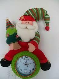 Resultado de imagen para moldes para reloj navideño Christmas Clock, Mary Christmas, Vintage Christmas, Christmas Crafts, Christmas Decorations, Christmas Ornaments, Holiday Decor, Cold Porcelain, Paper Dolls