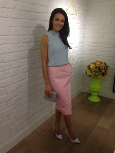 Want this skirt!  The gorge Michelle Keegan in her all #riverisland pastel ensemble for the Lorraine #HSFA2014!