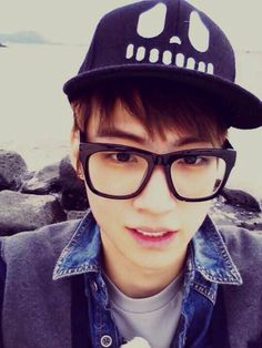 JaeBum (JB) WHY U WEAR THOSE- *OVARIES EXPLODING* Like and Repin.  Noelito Flow instagram http://www.instagram.com/noelitoflow